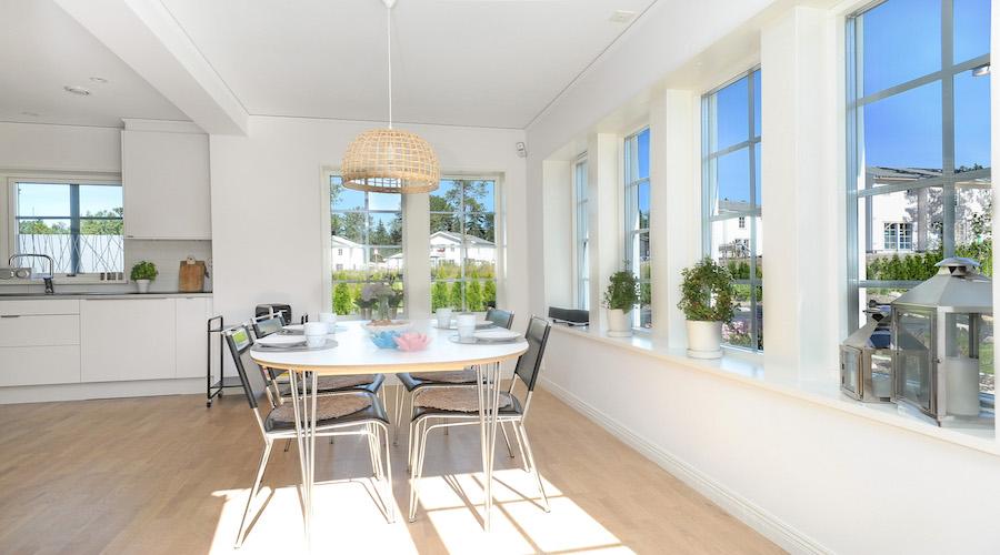 Hur viktigt är energieffektivitet och hållbarhet för framtidens småhusköpare?